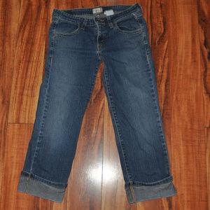 Levi's Jeans size 5 capri crop roll up jeans